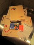 Afbeeldingen van Keez bordspel  2, 4 en 6 pers.Hout puzzelbord in kist