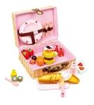 Afbeeldingen van Picknickmandje met houten spulletjes