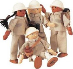 Afbeeldingen van 4  park rangers buigpoppen poppenhuispoppetjes
